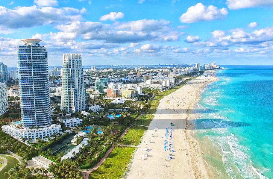 South Beach-El sitio favorito de los artistas, turistas y los amantes del mar y sol.