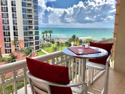 Venta de apartamento en Miami-Frente al Mar con Balcon. Sin restricciones de alquiler